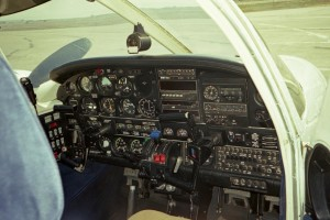 twin-engine-seminole-panel